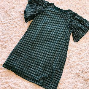 Who What Wear Dresses - Who What Wear Black & White Ruffle Sleeved Dress